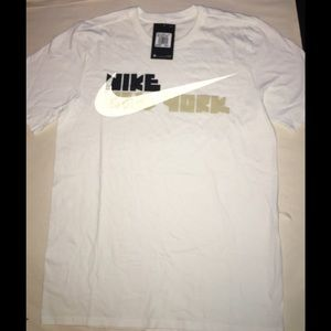 White and gold Nike T-shirt size m